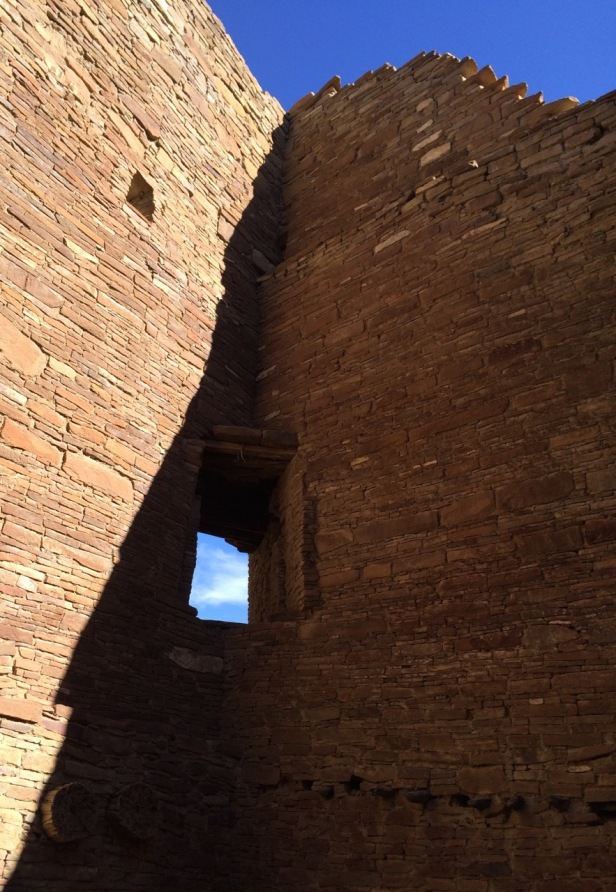Pueblo Bonito corner window